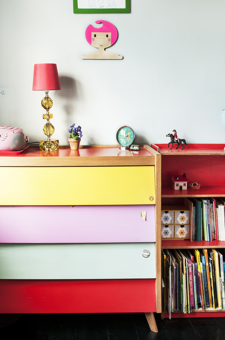 painted chest of drawers, kids deco