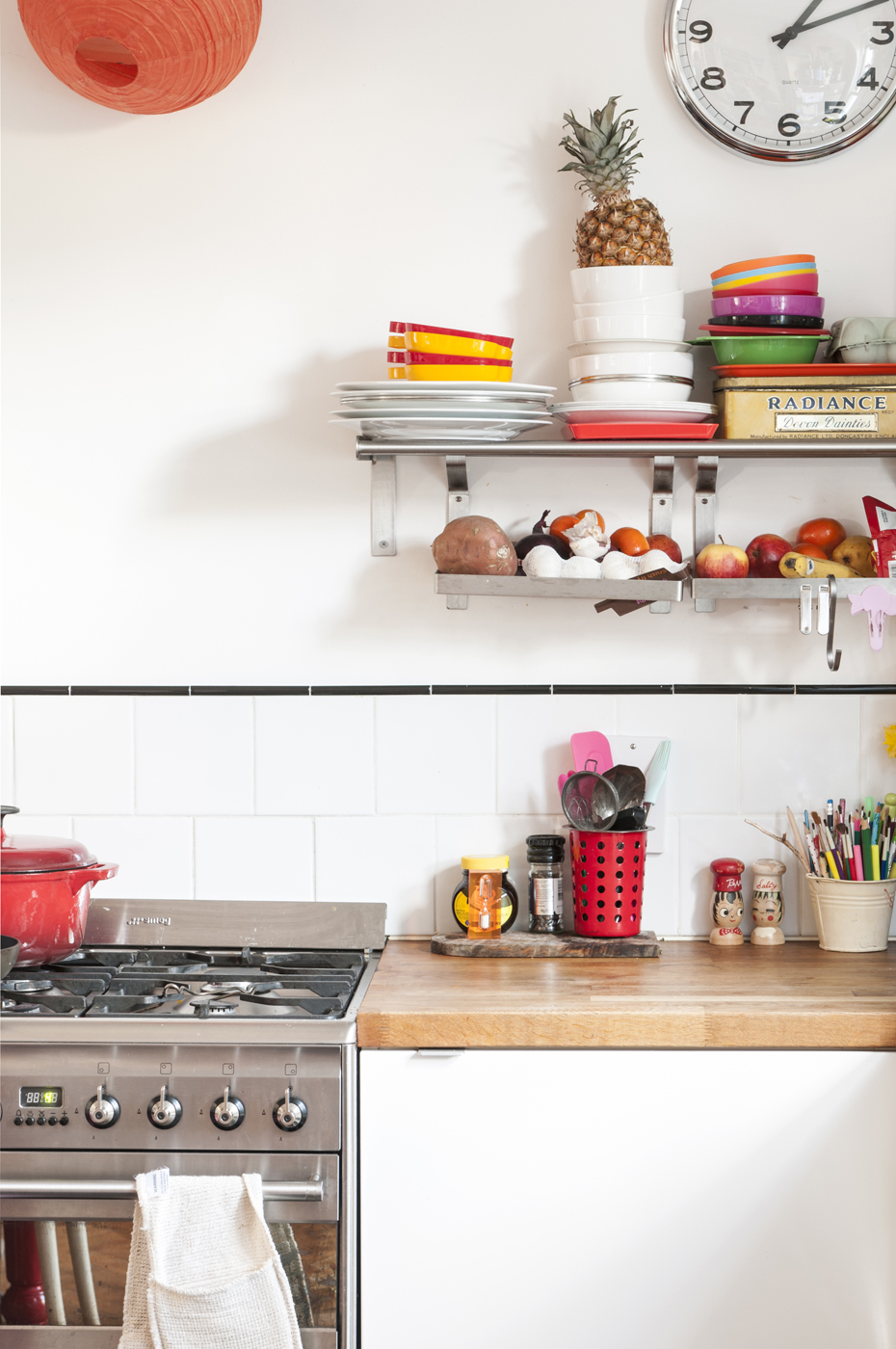 colourful kitchen, brights, neons, scandi deco, kids deco