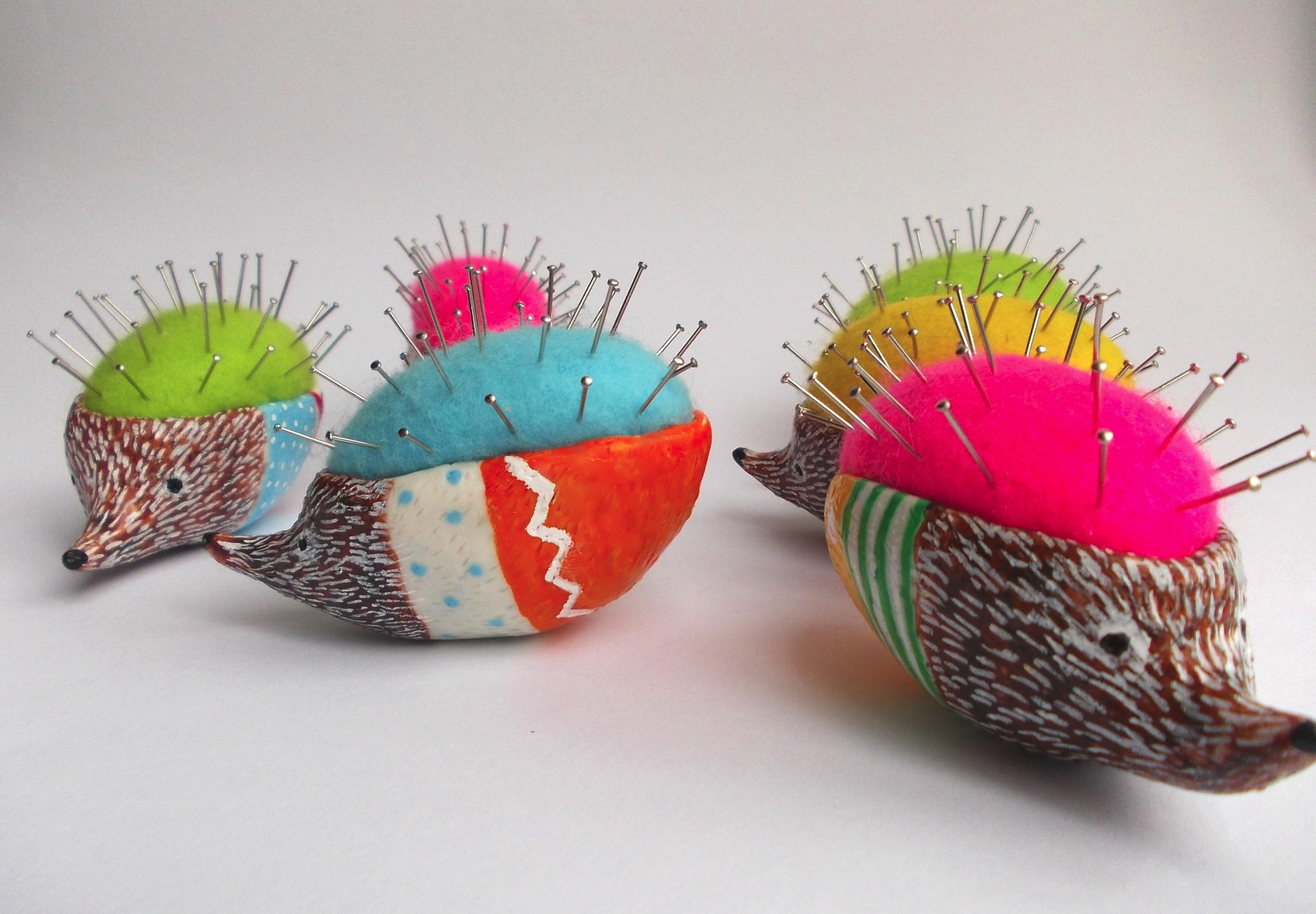 hedgehog pin cushion, little birdy