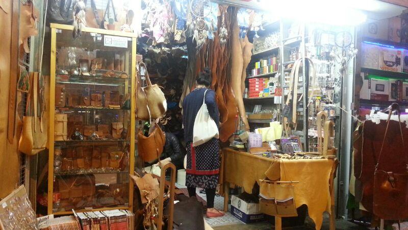 hong kong, maker's journey, kuku big bag, candice lau, garment factories, leatherwork, leather, craft, leathercraft, tools