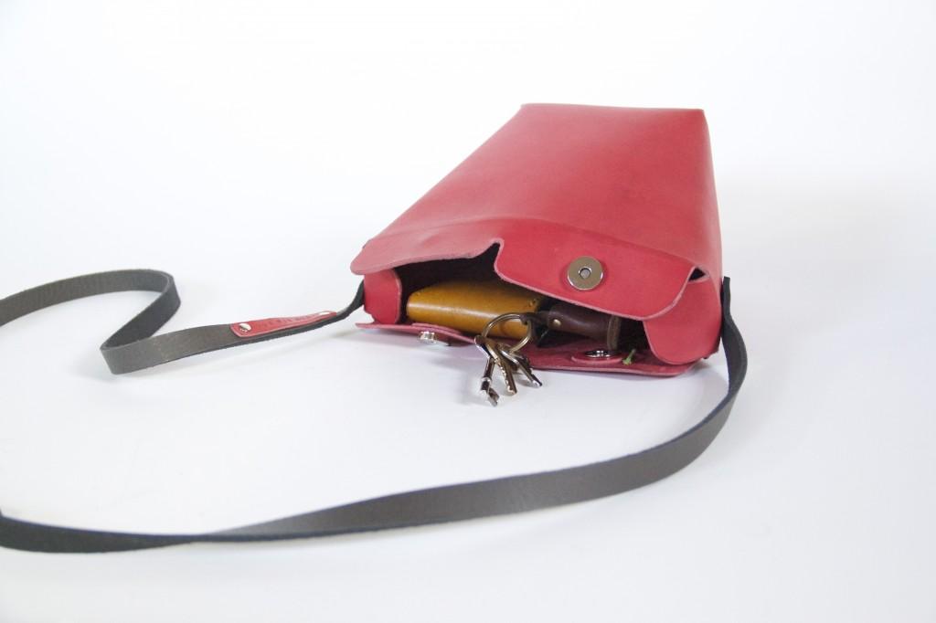candice lau, leatherwork uk, handmade leather bag, kuku big bag, red leather bag