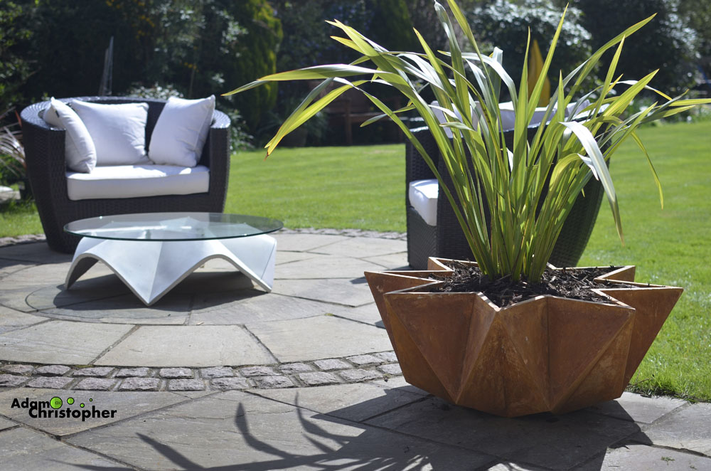 garden planter, concrete planter, modern, rust, origami,