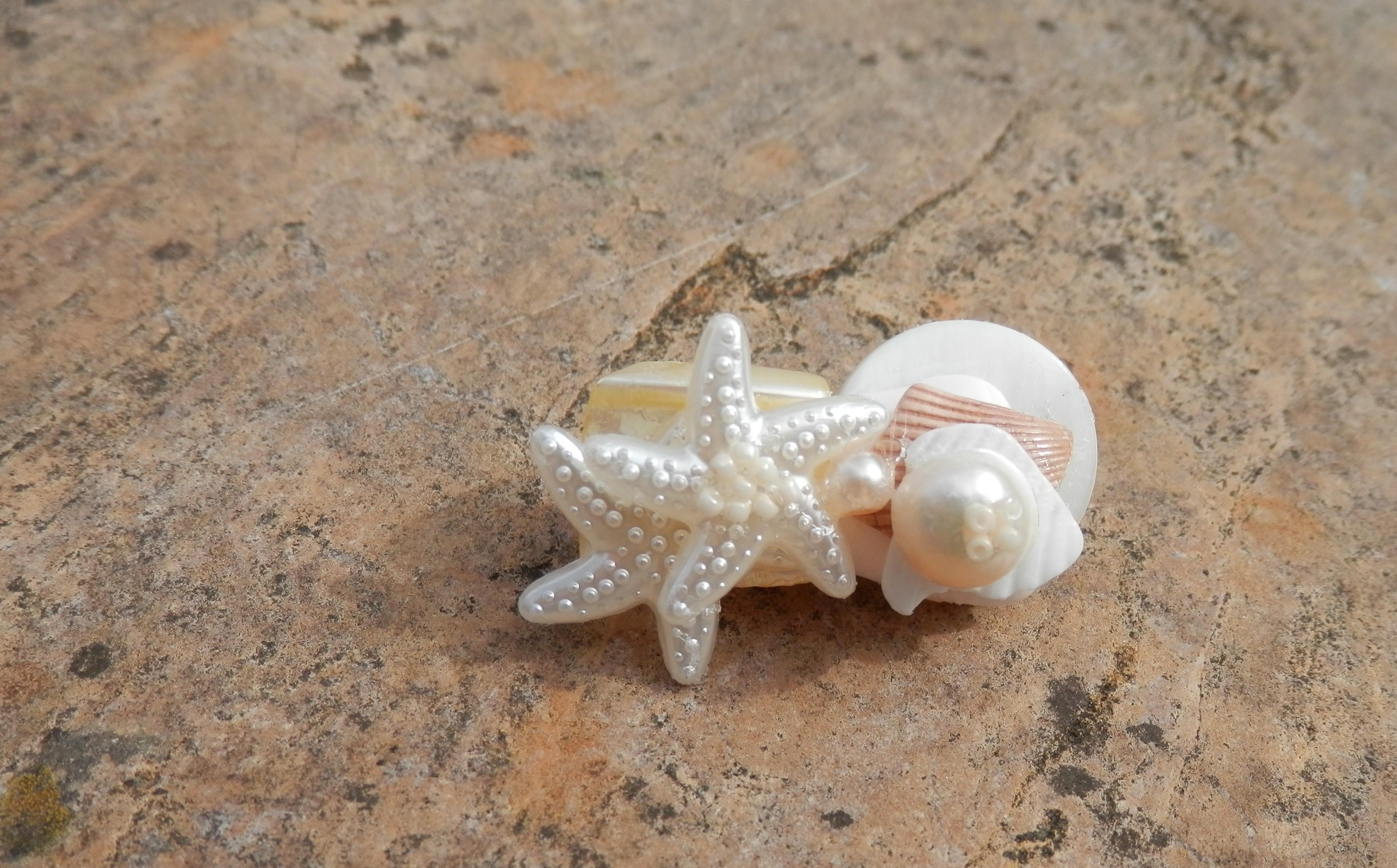 beach style hair clip, starfish hair clip, seaside wedding, beach wedding, beach wedding style