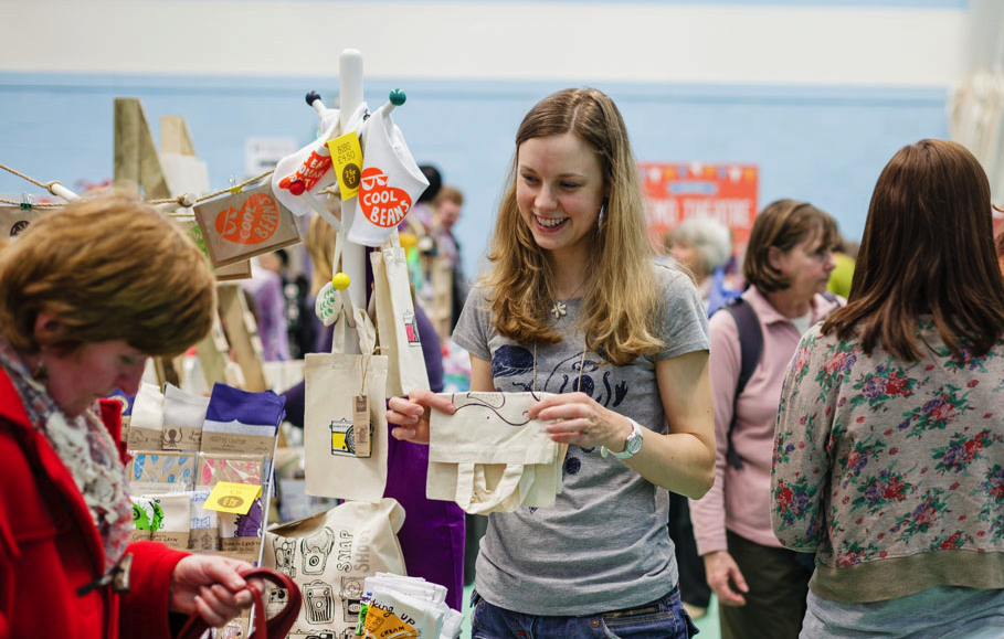 tips for selling at craft fairs
