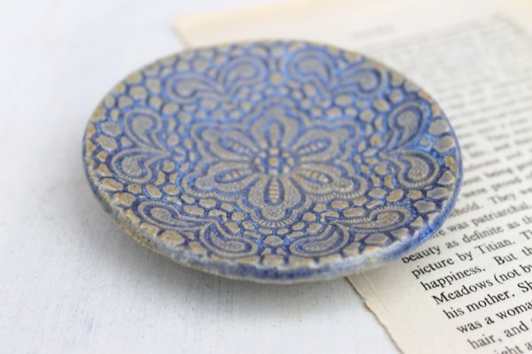 jessica catherine interview, lace plate,