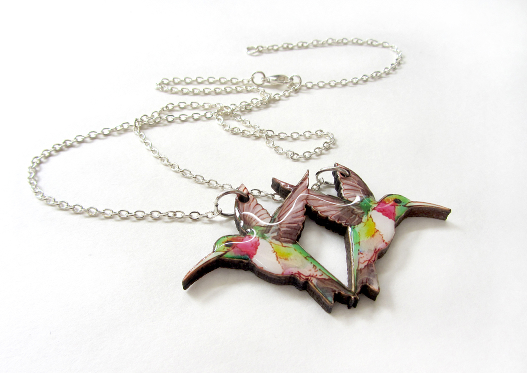 Hummingbird necklace, my bear hands, mybearhands, resin jewellery, illustration