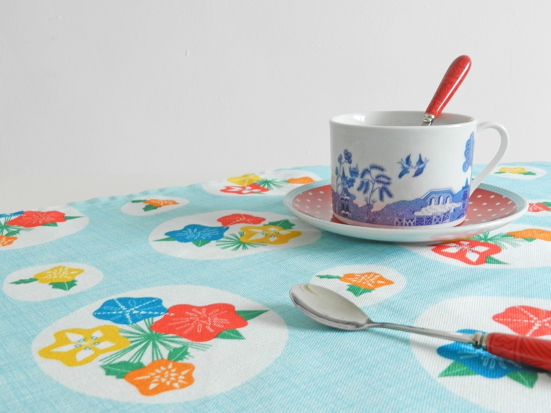 flowerpress fabric, annabel perrin, british designer, retro textile, mid-century tablecloth, 1950s, fifties fabric design