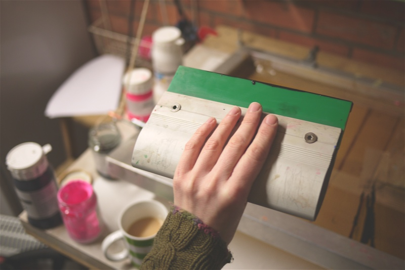 squeegee screen printing