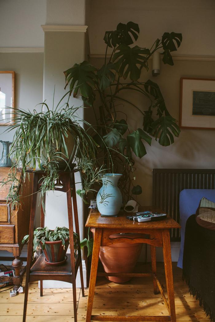 revealing craft, india hobson, photography, artist's studios, zoe badger, lino print, printmaker studio
