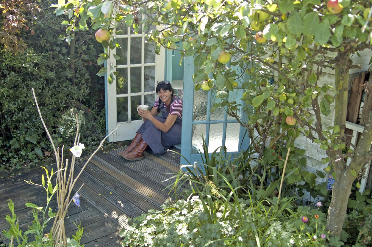 Alma Caira, garden studio, Whitstable artist
