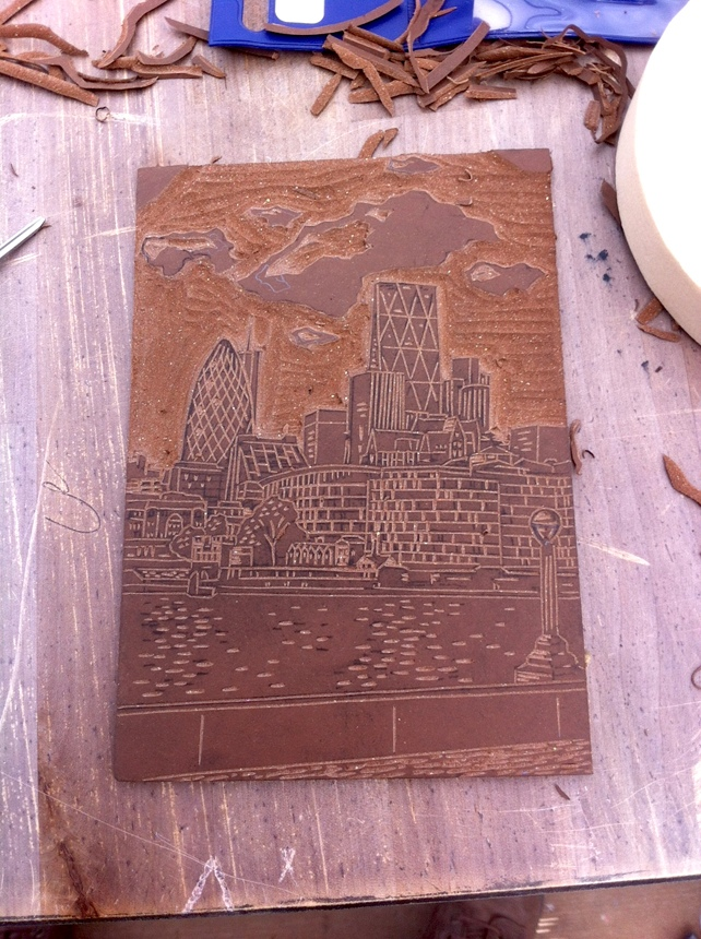 tower bridge lino