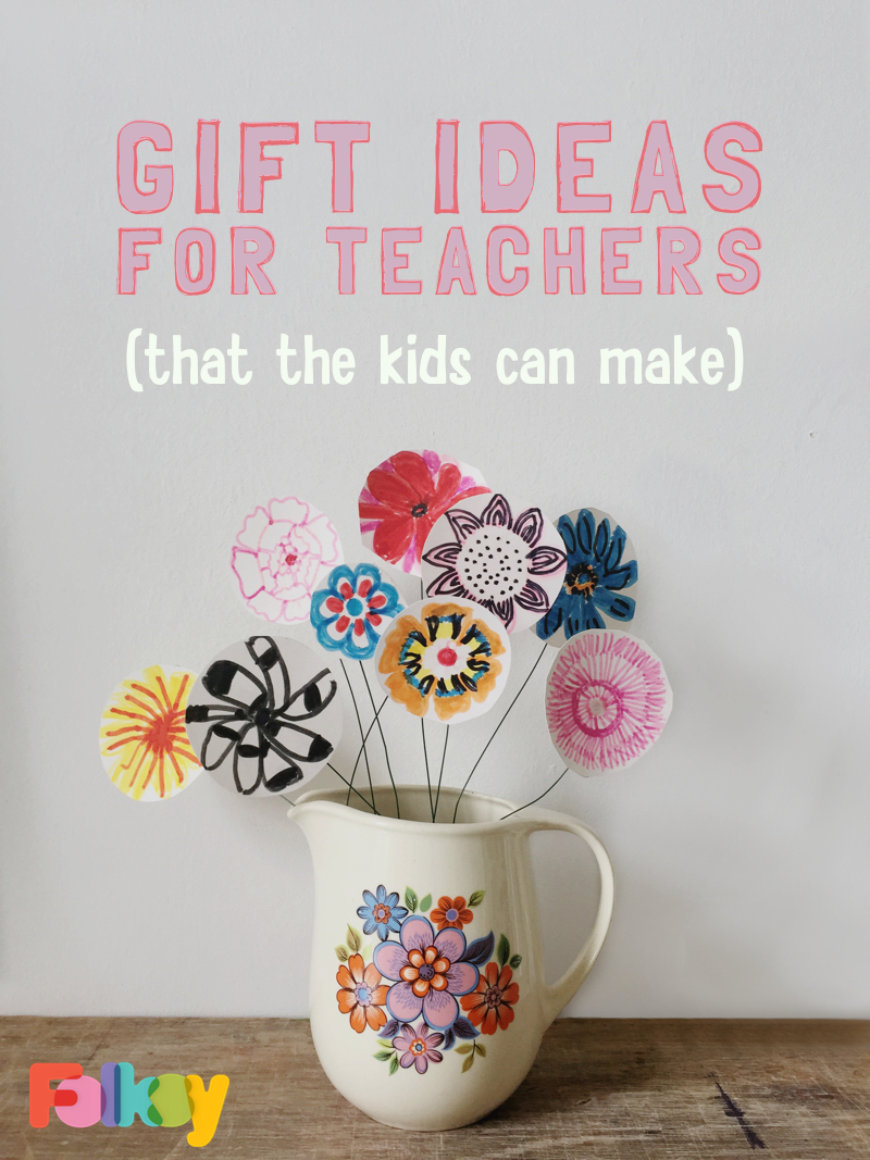 DIY paper flowers, DIY gift ideas for teachers, end of year gifts, gifts for teachers, teacher appreciation gifts
