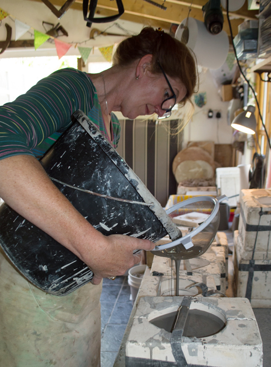 Heather Richards, British potter, handmade pottery, studio potter