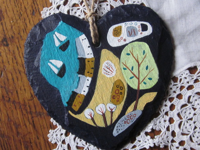 Original seascape painted on a slate heart by Morag Lloyds