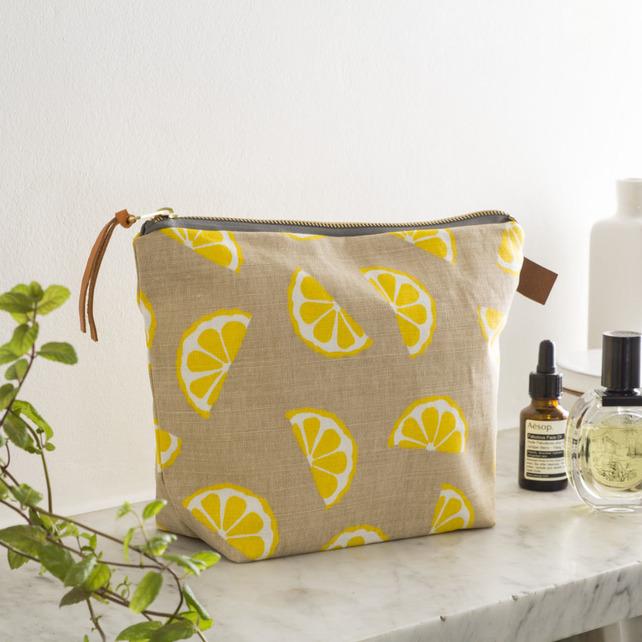 Lemons Wash Bag by Jenny Sibthorp