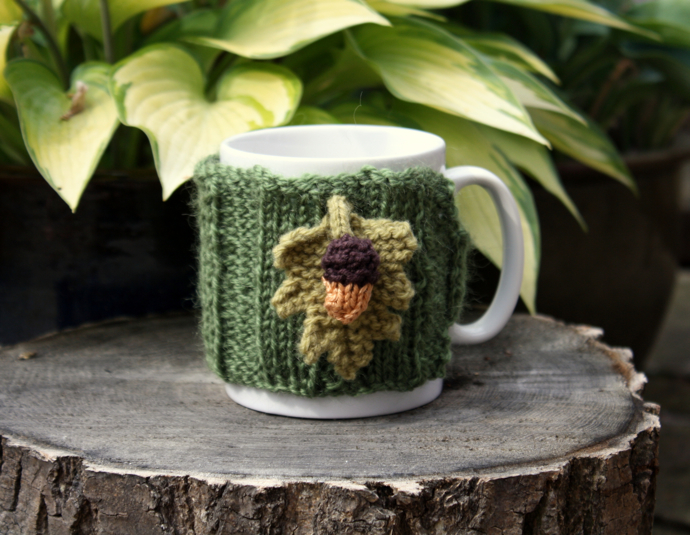 acorn tea cosy, acorn mug sleeve, crochet cup cosy, hook and loop