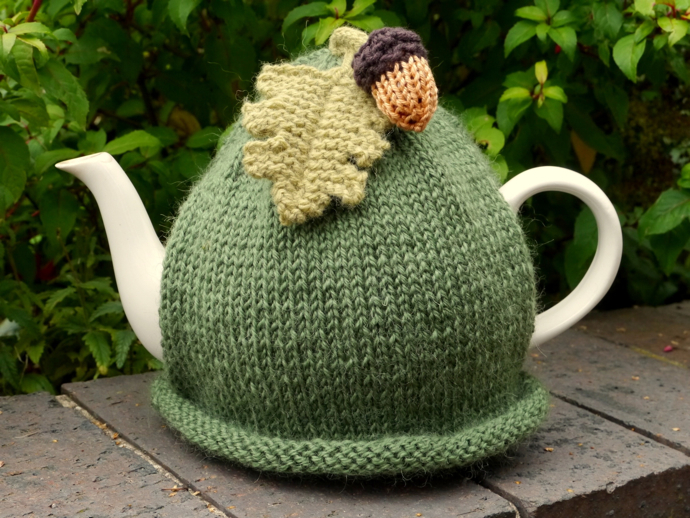 acorn-tea-cosy-knitted-crochet