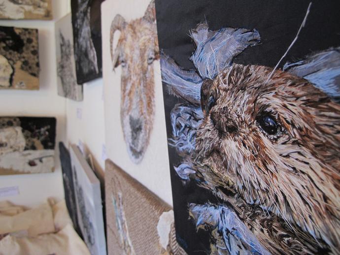 Otter, Emily Tull, textile art