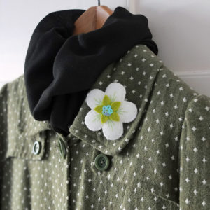 Free felt brooch tutorial, ndm handmade, apple blossom brooch,