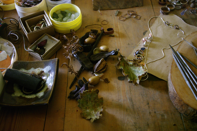 handmade jewellery, copper jewellery, Caroline Frodsham, Pods and Plunder