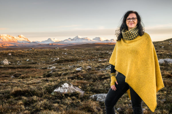 interview, Elizabeth Larsen Knitwear, Scottish Highland, Scottish artisan, Knits, Scottish Knits, knitted accessories,