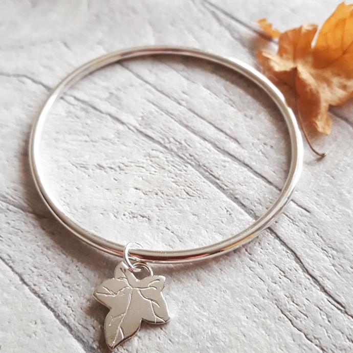 autumn leaf charm bracelet, silver bangle, LucyLou Designs, British jewellery, Jo Bignold, jeweller, lost wax jewellery, silver hare jewellery, hare jewellery