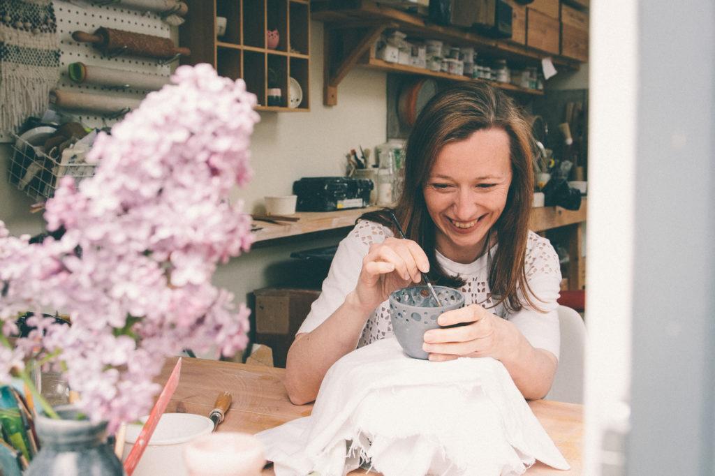 ceramic magpie, wipsandblooms, Instagram hashtags, Instagram hashtag tips, hashtags for makers, Katie Robbins, ceramicmagpie,