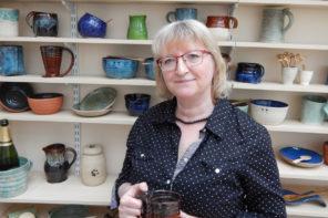 Meet studio potter, Susan Frankel from Caractacus Pots, maker of country-style ceramics