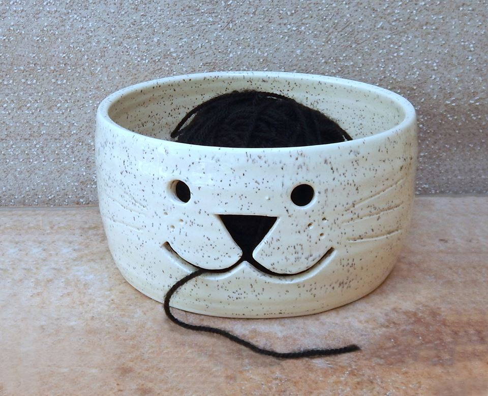 yarn bowl, cat yarn bowl, handmade ceramics, CaractacusPots, Caractacus Pots, british potter, pottery, meetthemaker, meet the maker interview,