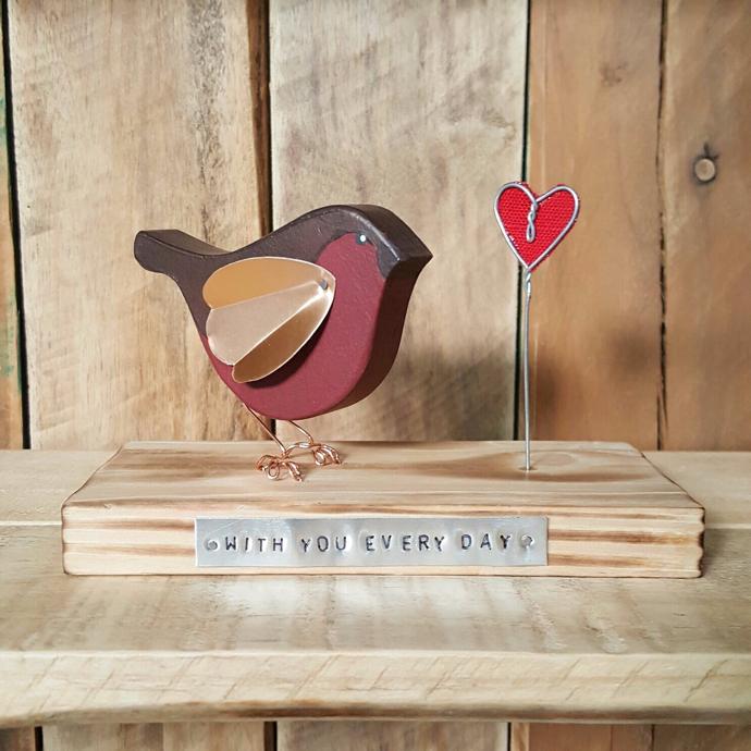 Robin, wooden robin, remember gift, bereavement gift, Robin redbreast, Julie Loves,