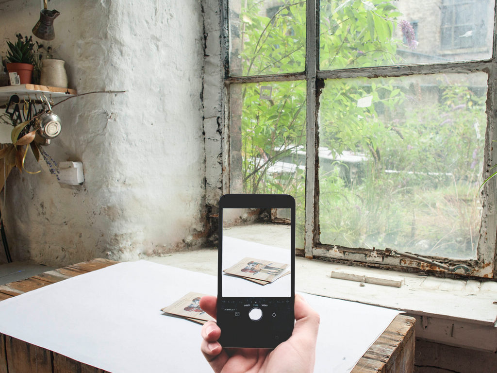 how to take photos on your phone, how to take product shots on your phone, smartphone photography tips and tricks, how to take better photos iphone,