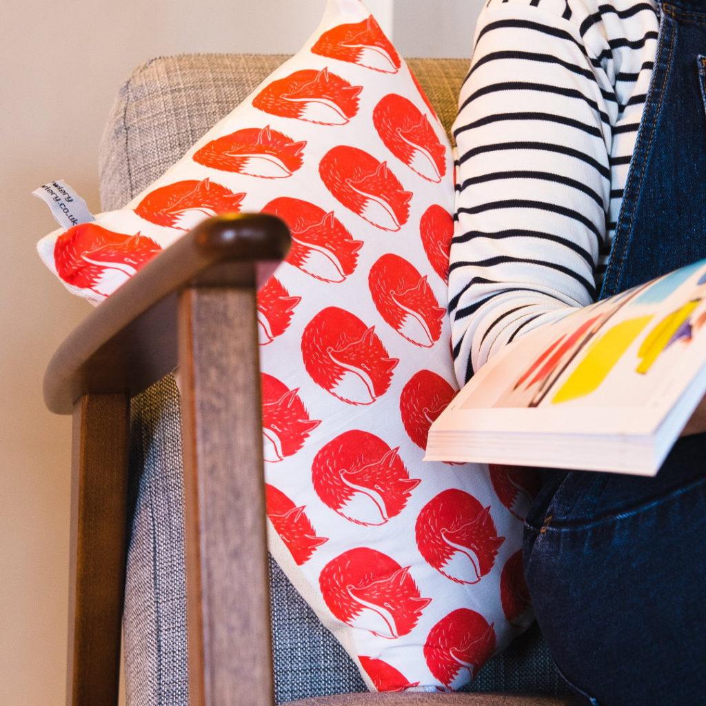 fox cushion, screen printed fox cushion, the owlery, screen printing, printmaker, screen prints, Benjamin Partridge,
