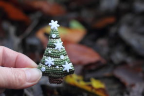 FancyKnittles – the maker creating pocket-sized worlds in crochet