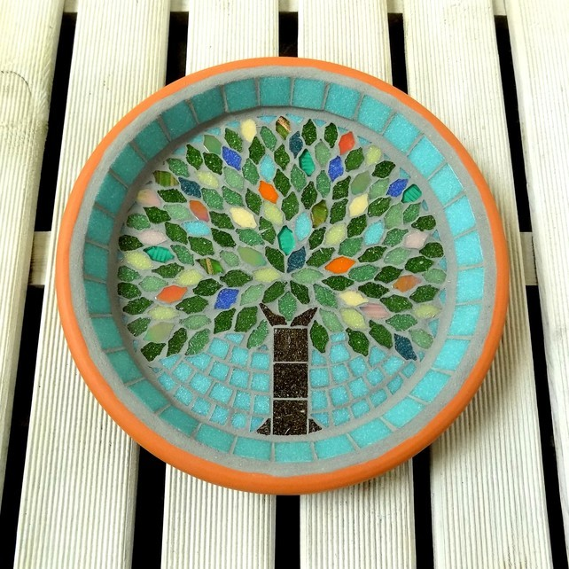 mosaic bird bath, josara, jo sara, gift ideas for gardeners, gifts for gardeners, gifts for gardener uk, unique gift ideas for gardeners, handmade gift ideas, shop small,