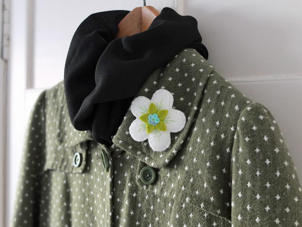 felt brooch tutorial, apple blossom brooch tutorial, ndm handmade,