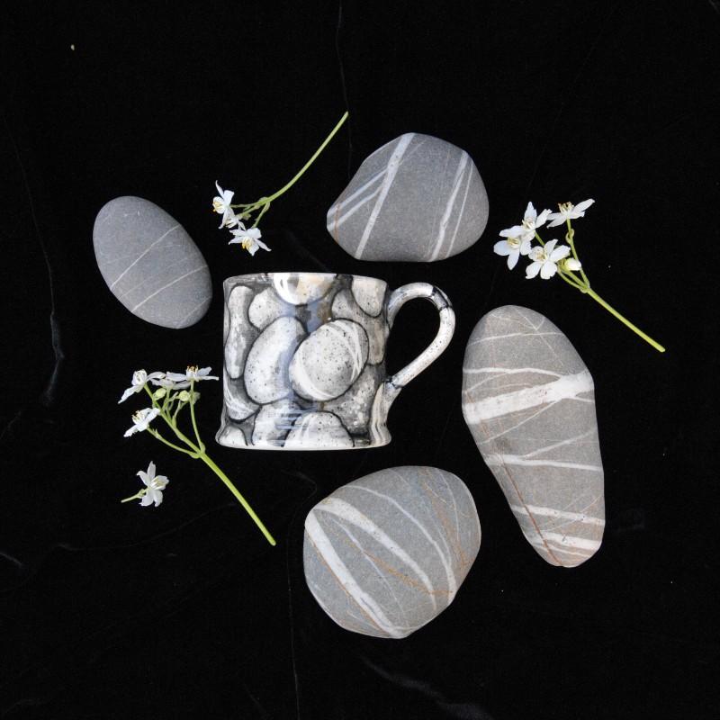Hannah Berridge, hand-painted pottery, handmade pottery, ceramics, pebble mug,