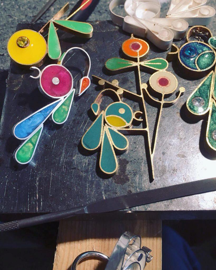 resin jewellery, resin jewellery making, british jewellers, uk jewellery, sarah hoare, bird and monkey, jewellery from children's drawings