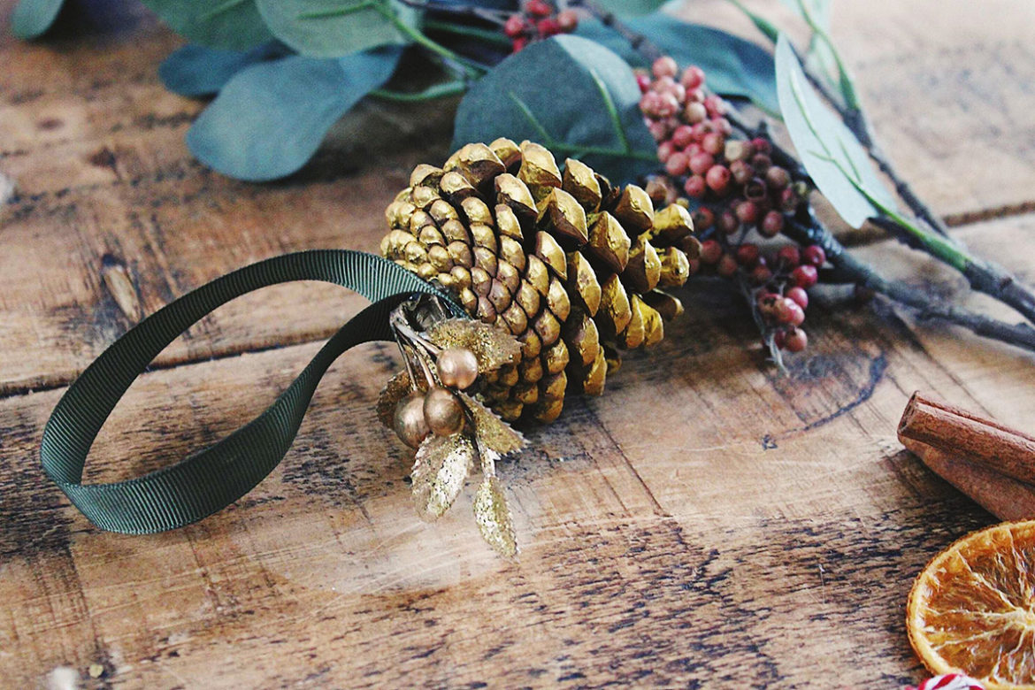 Golden Pinecone Ornament Make Your Own Diy Christmas