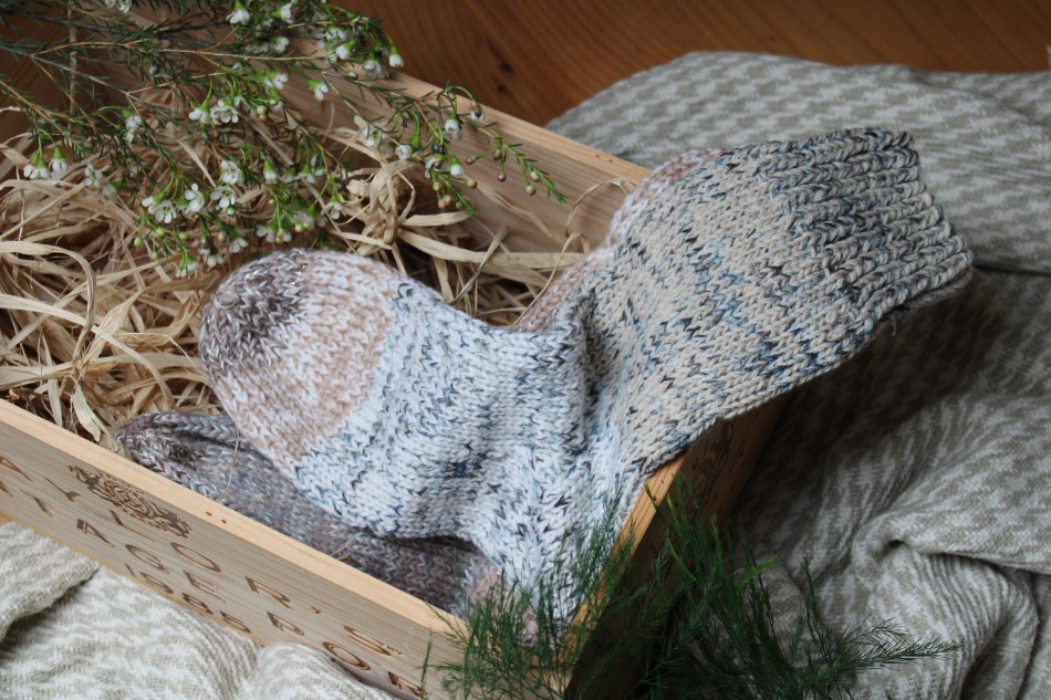 knitted socks, handmade christmas hamper, best christmas hamper 2018, homemade christmas hamper, handmade hamper, shop small, christmas hamper, christmas gifts, christmas, christmas gift ideas, handmade christmas