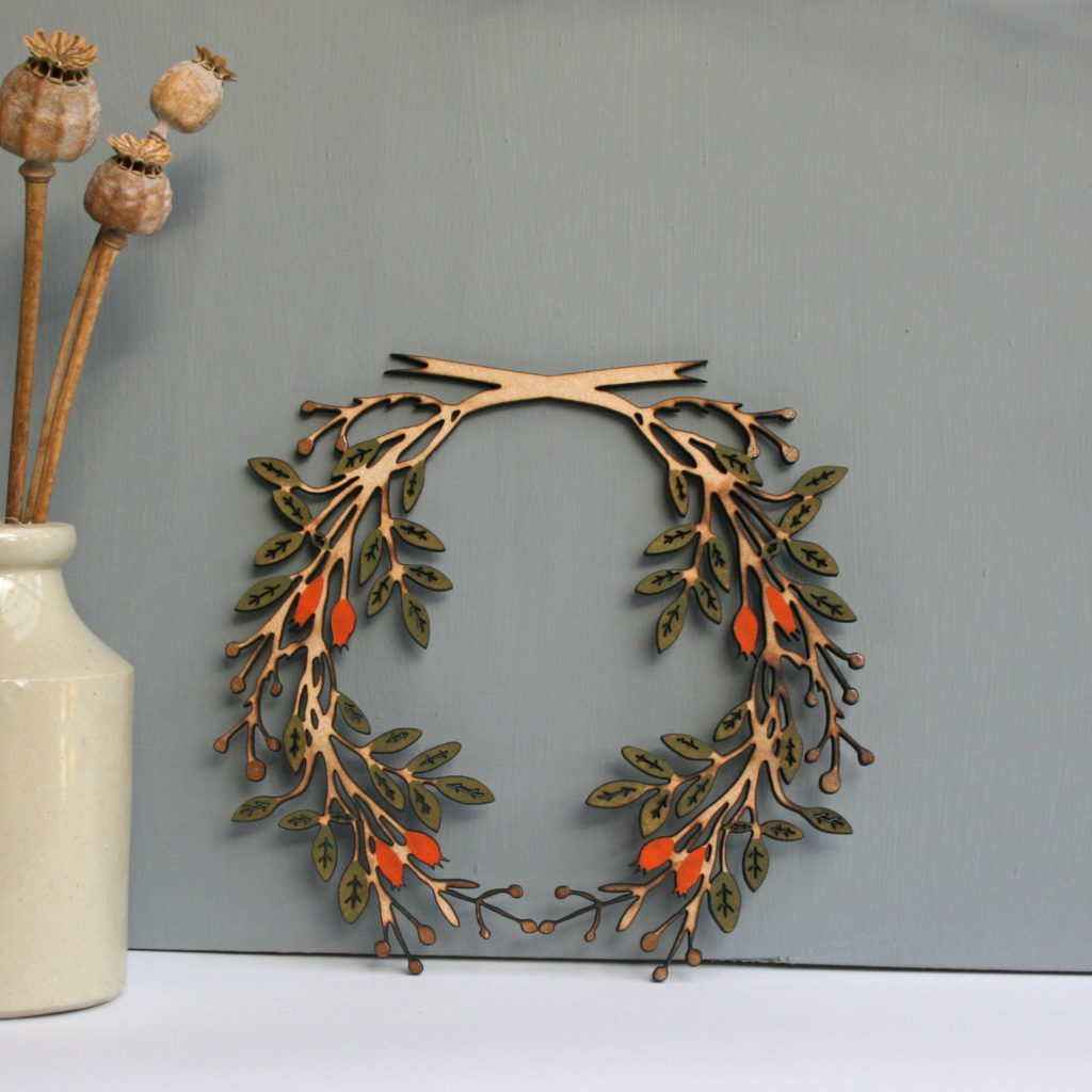 Hedgerow Wreath, Naomi Greaves, NG Printmaker, NG Paperology, Mistletoe Ornaments, Christmas Decorations,