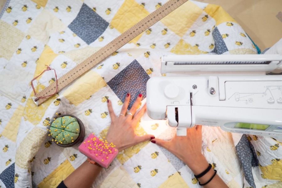 patchwork quilt, patchwork quilt uk, quilt maker, coralie green, contemporary patchwork quilt, geometric patchwork quilt, modern quilt, quilting, quilts, meet the maker,