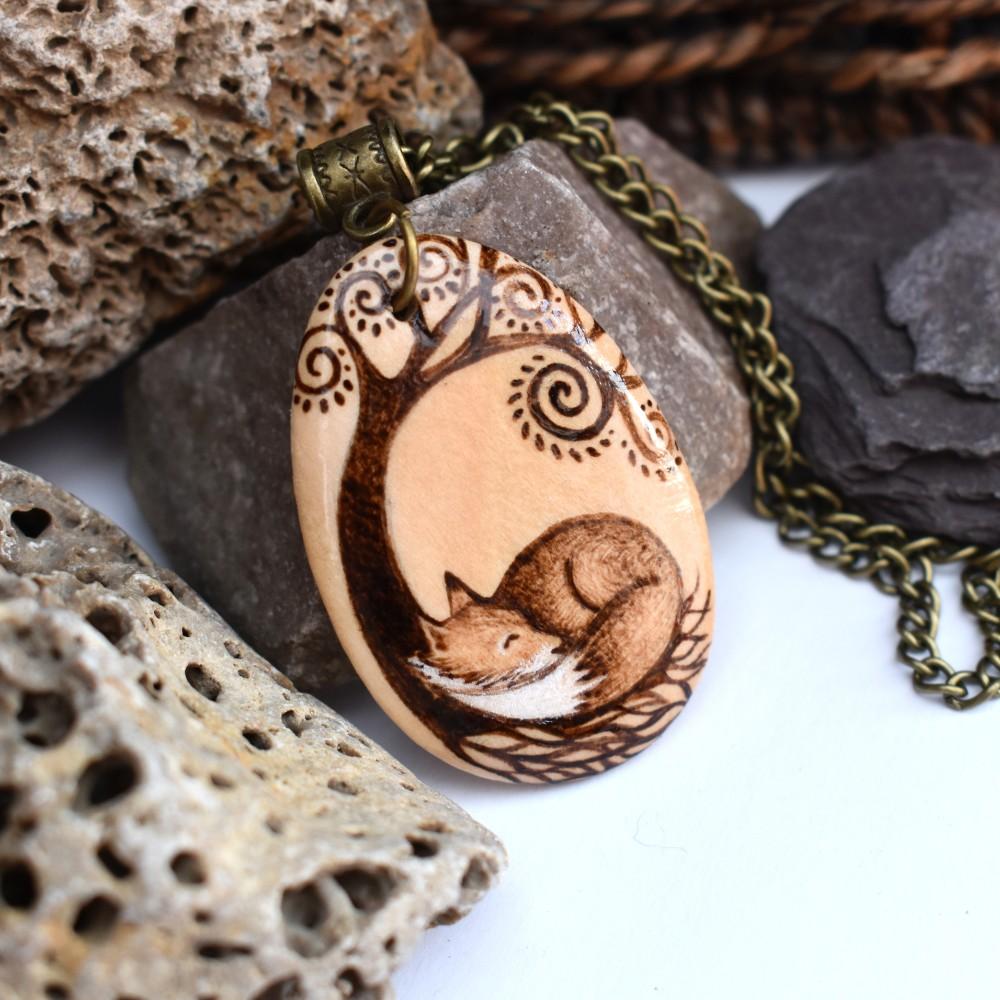 pyrography gifts, pyrography artist, pyrography jewellery, SarahDesigns, Sarah Bell,