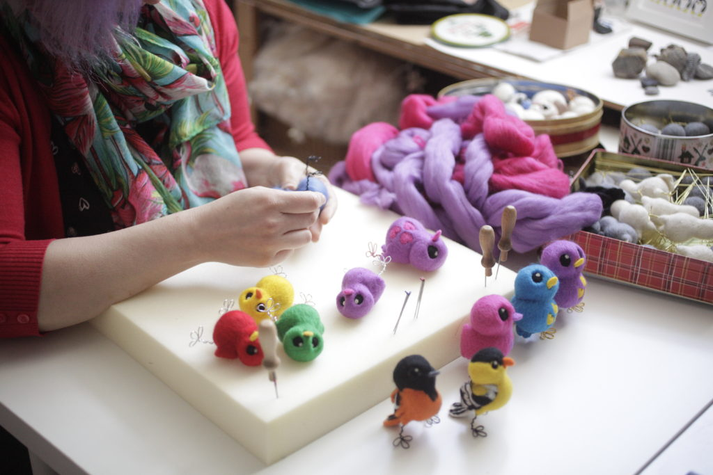 Melanie Green from FeltMeUpDesigns making felted chicks
