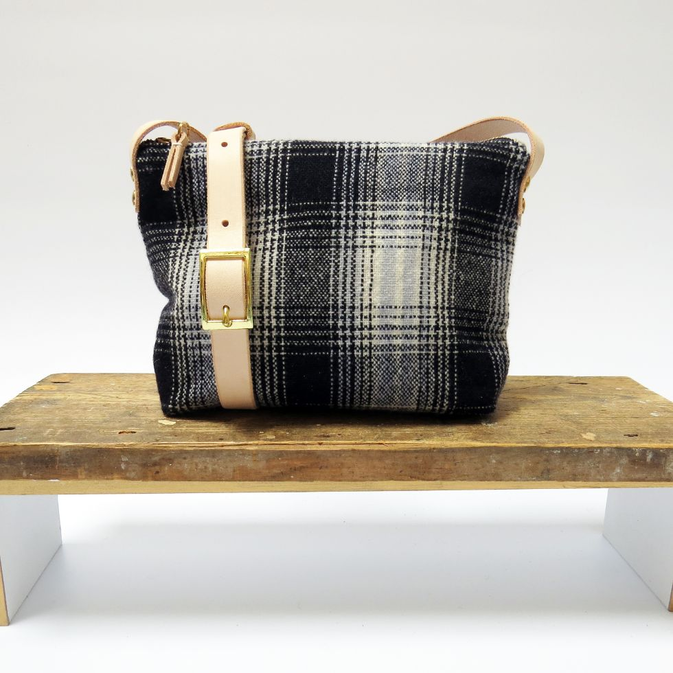 Elizabeth Ballon handwoven sustainable fashion and accessories