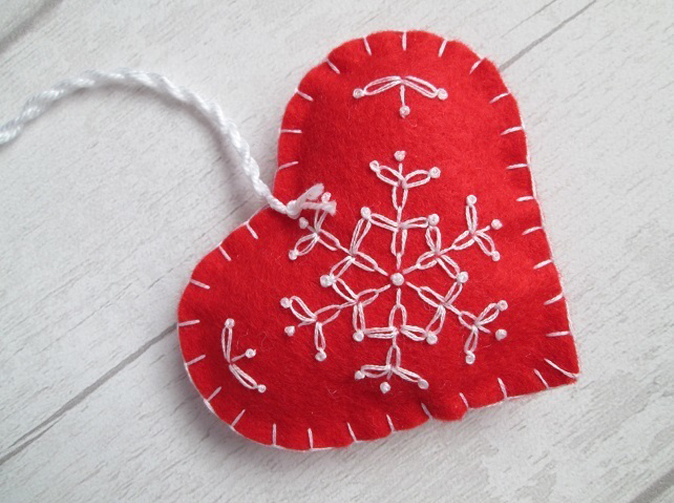 craft as therapy - embroidered Scandinavian felt heart decoration