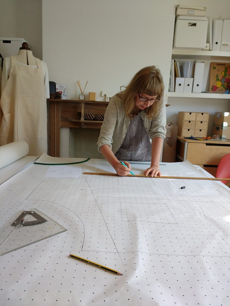 Lisa Bennet designing craft aprons
