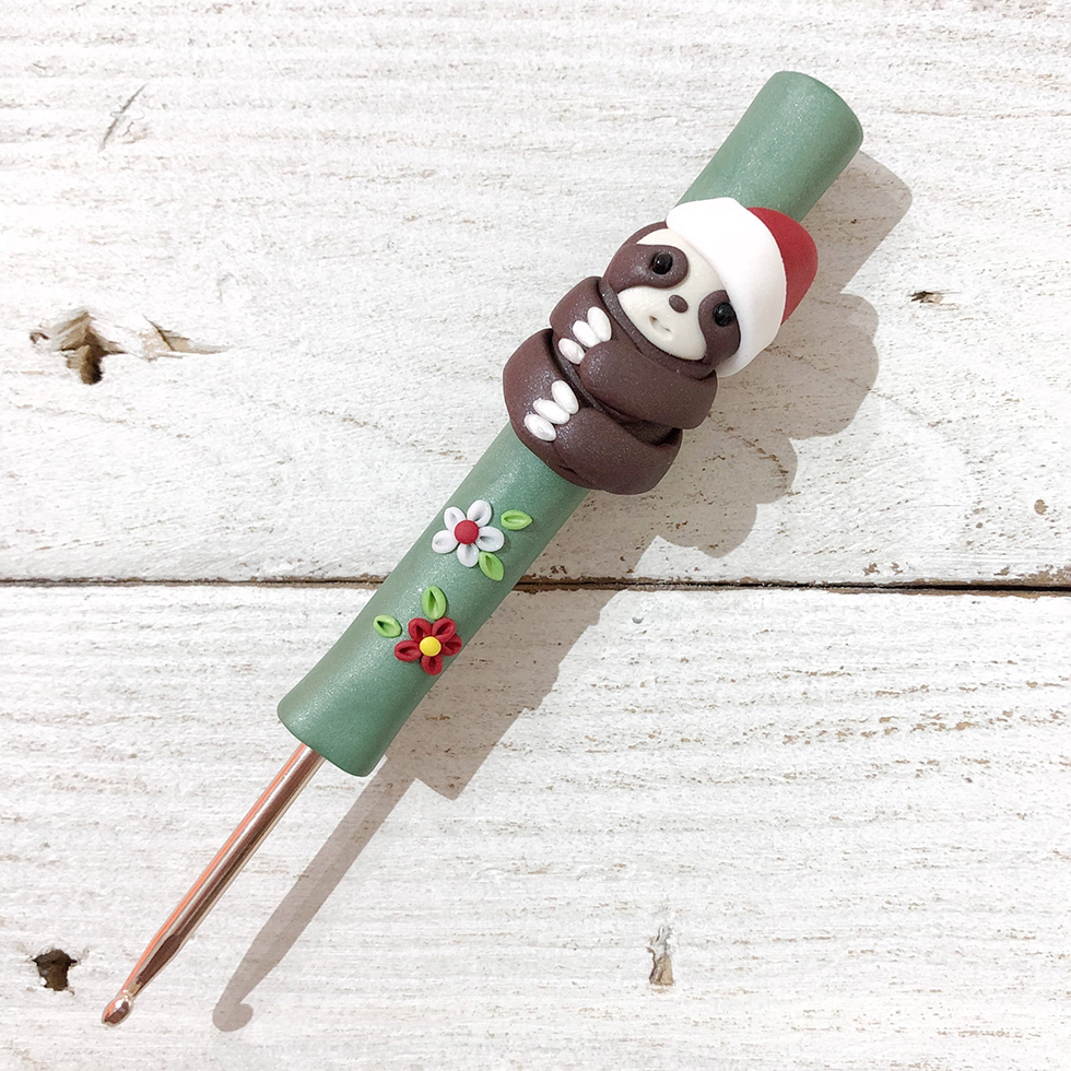 festive sloth crochet hook by Pedro's Plaques