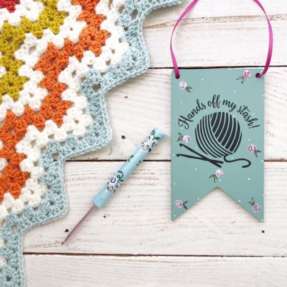 Knitter's plaque by Pedro's Plaques