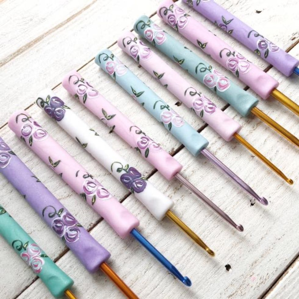pastel crochet hooks handmade by Pedro's Plaques