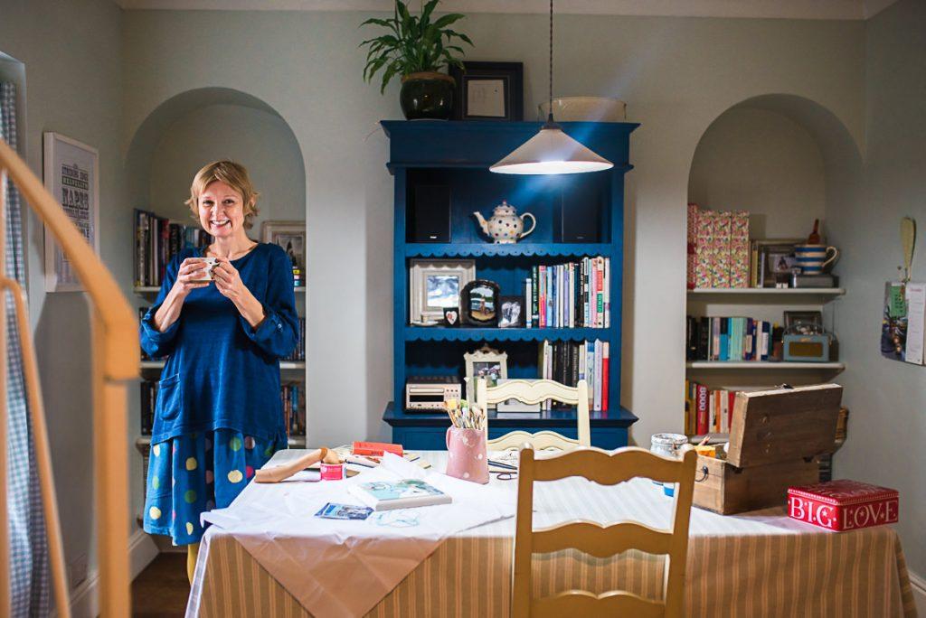 Mani Annie Art in her kitchen studio